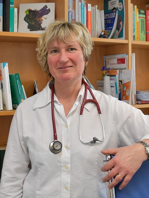 Dr.med. A.Körfer