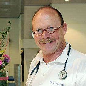 Dr. Lothar Schmitz